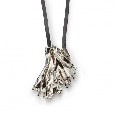 Algae sea leaf pendant annelise michelson as a pendant the algue integrates easily with a touch of shine into whatever look defines your style aloadofball Image collections
